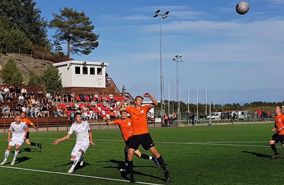 Petter Tonning gjorde to mål og sikra tre poeng til Austevoll IK. Arkivfoto